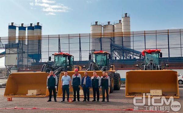 徐工大吨位装载机批量交付西北地区焦化企业
