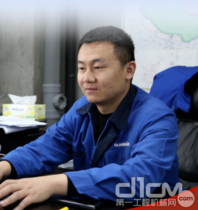 山河智能装备股份有限公司基础装备研究总院常务副院长朱振新