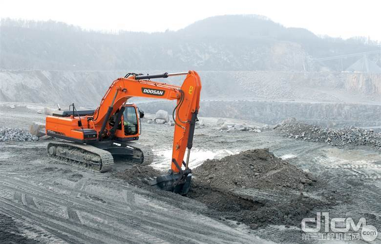 斗山工程机械将收购在华法人20%股份