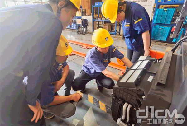 徐工铲运机械事业部薄板件分厂深入开展产品评价