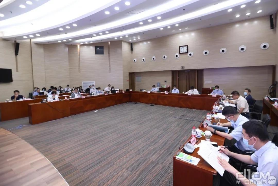 工业互联网企业座谈会
