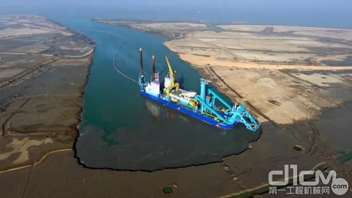多台徐工混凝土机械远赴马塔巴里港助力燃煤电站建设