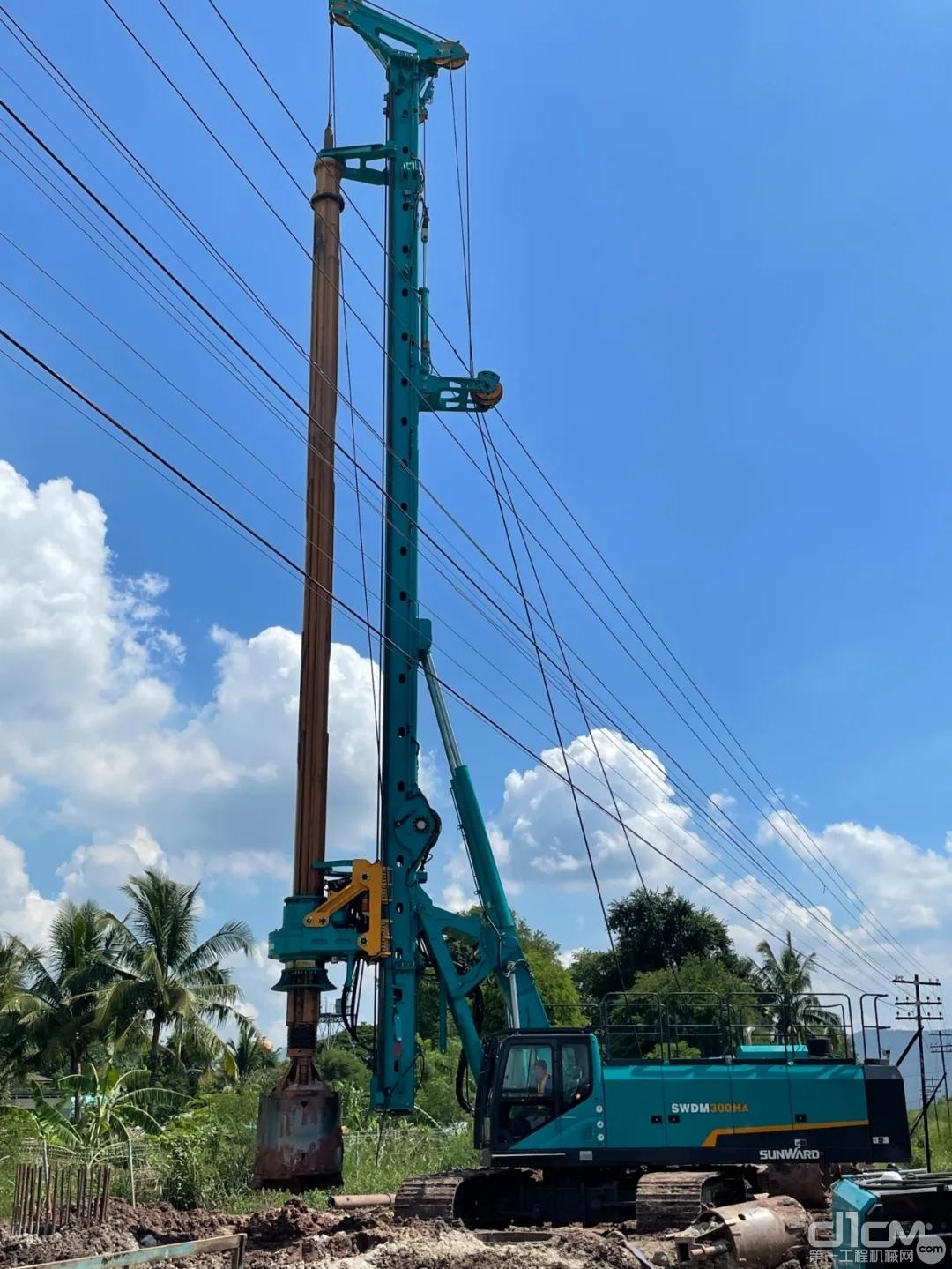 山河智能子公司山沃国际承建的中泰高铁项目,已经顺利完成首批试验桩建设