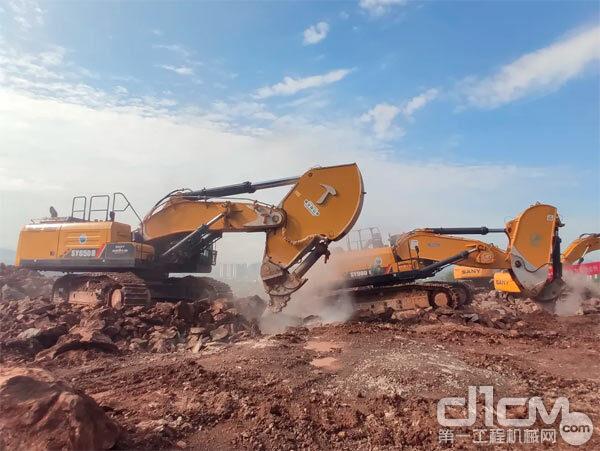 三一SY650H挖掘机+暴烈臂