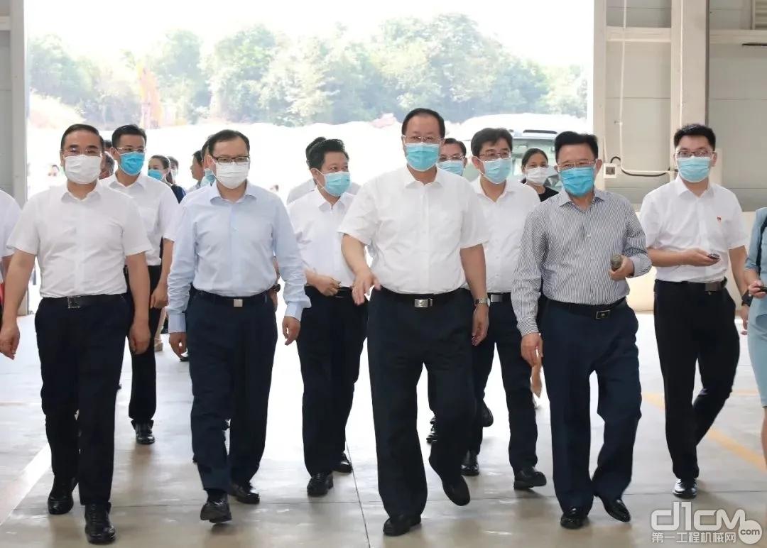 湖南省委副书记、省长毛伟明一行调研三一安仁产业园