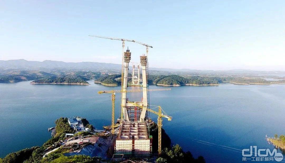 丹江口水库特大桥