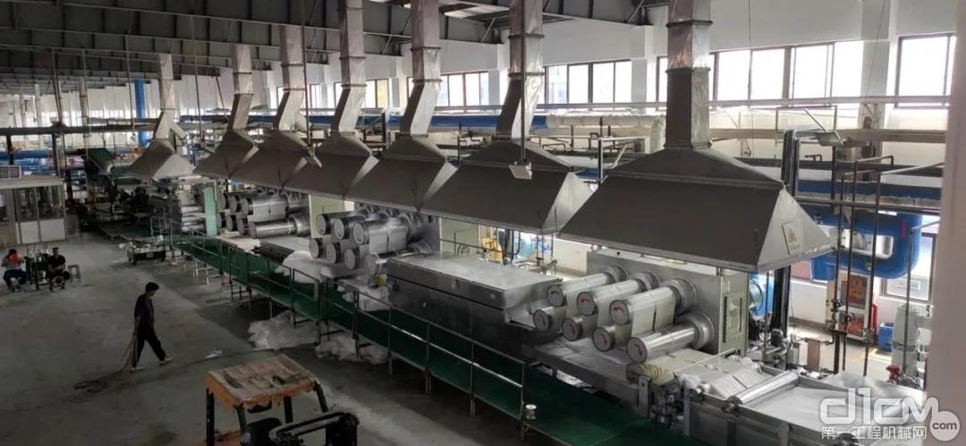 单线年产5万吨低熔点复合涤纶短纤维后处理生产线一次性开车成功