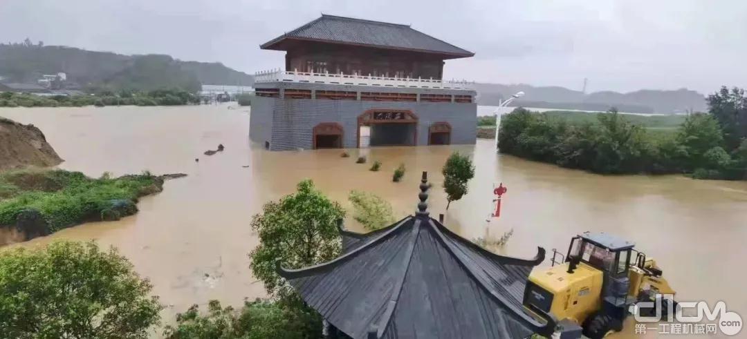 一场历史罕见的持续性强降雨突袭河南