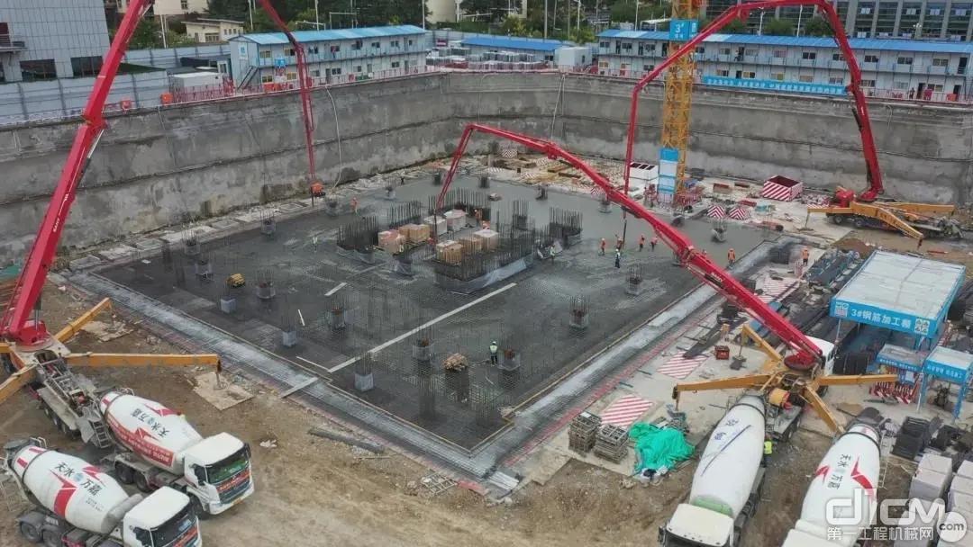 三一混凝土设备参与天水中深财富中心项目