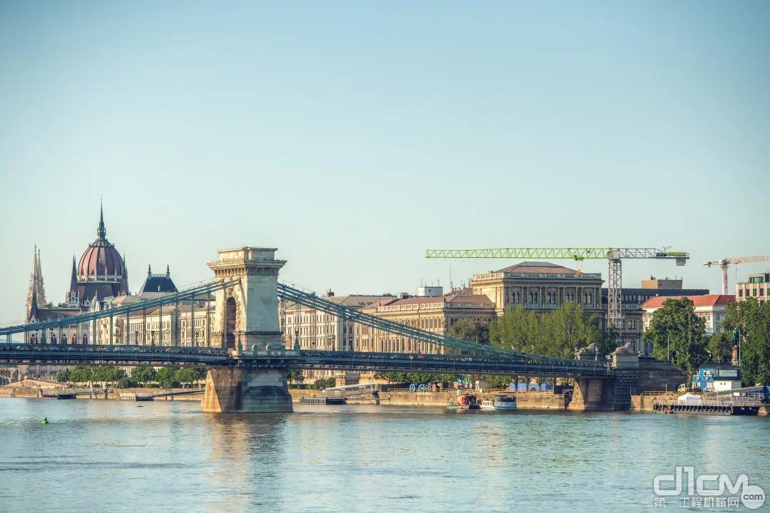 匈牙利布达佩斯塞切尼链桥