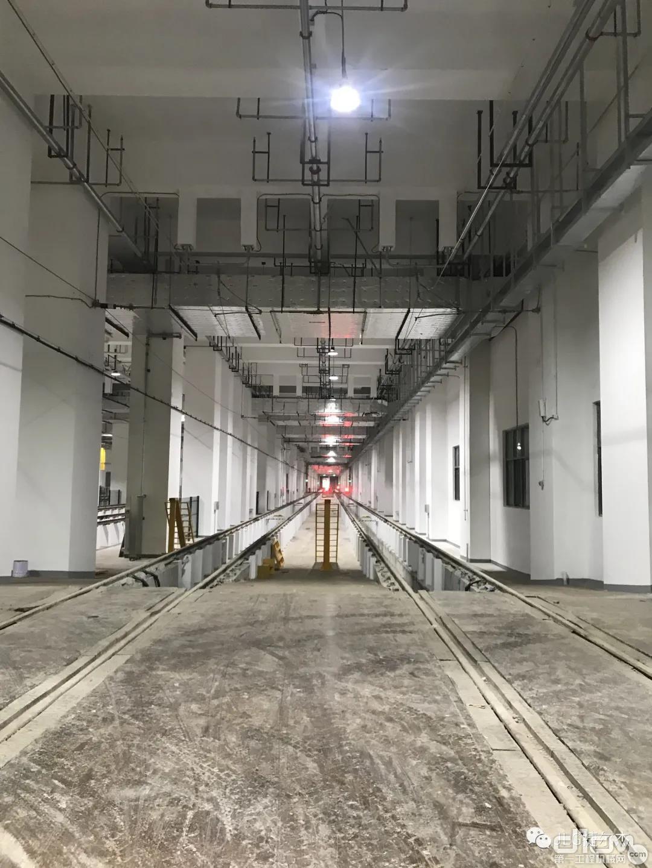 捷爾杰E450AJ助力城市軌道交通建設