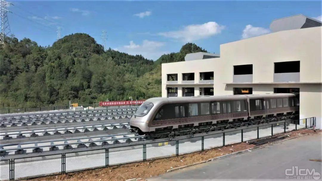 铁建重工全球首条磁浮轨排智能化生产线助力凤凰磁浮线建设