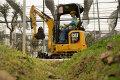 新一代Cat 301.7 CR液压挖掘机