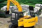 现代R110-7履带挖掘机