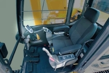 加藤HD1638R履带挖掘机局部细节10601