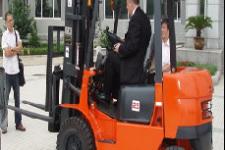 CPCD25内燃平衡重叉车