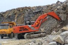 邦立重机CE400-5履带挖掘机施工现场全部图片
