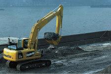 小松HB205-1M0混合动力挖掘机施工现场31638