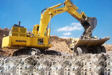 小松PC2000-8履带挖掘机施工现场全部图片
