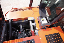 日立ZX130-5A履带挖掘机局部细节36696