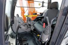 日立ZX70-5A履带挖掘机局部细节37157
