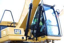 卡特彼勒新一代Cat323液压挖掘机局部细节44527