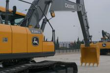 约翰迪尔E210LC履带挖掘机整机视图51932