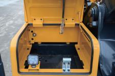 现代R215VS履带挖掘机局部细节54306