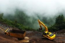小松PC220-8M0履带挖掘机施工现场全部图片