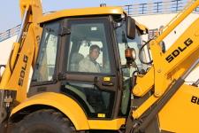 临工B877挖掘装载机局部细节58585