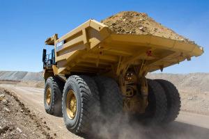 卡特彼勒MT4400D AC矿用卡车