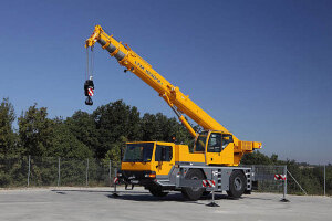 利勃海爾LTM1030-2.1全地面起重機
