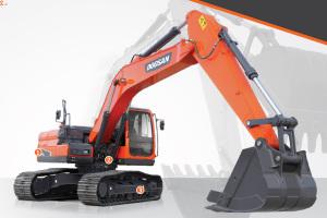 斗山DX215-9C履带挖掘机