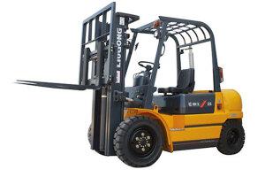 柳工CPCD25小吨位内燃平衡重式叉车图片集