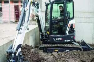 山猫E27z小型挖掘机
