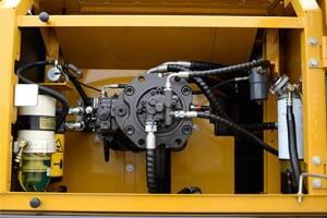 三一SY285C中型液压挖掘机图片集