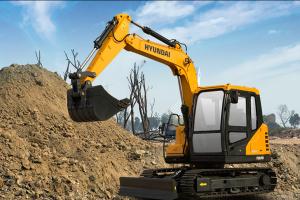 现代R75D VS履带挖掘机