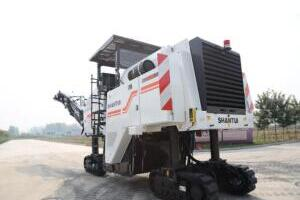 山推SM200M-3路面銑刨機
