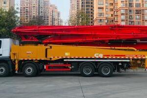 三一SYM5449THBE 560C-8A混凝土泵车图片集