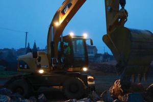 卡特彼勒轮式挖掘机图片集3