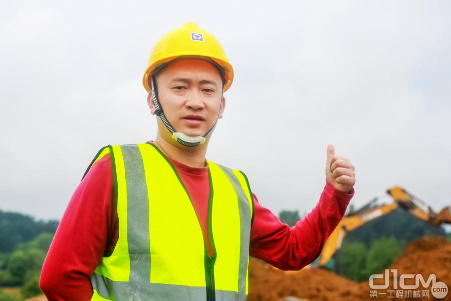 """徐工挖掘机""""两湖""""地区施工美图"""