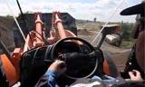 日立裝載機采石場工作視頻