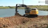 约翰迪尔210G挖掘机