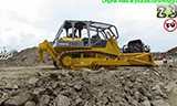 小松D85E-SS推土机工作视频