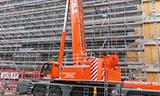 利勃海尔LTM 1300-6.2全地面起重机拆除塔吊