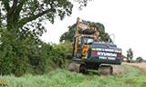 现代HX140挖掘机工作
