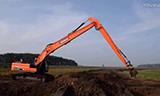 斗山DX 295LC-5长臂挖钱柜777娱乐客户端视频