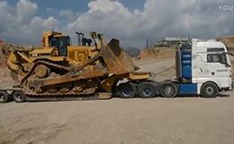 重型运输拖板车运输卡特彼勒 D11R 推土机