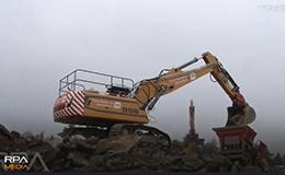 利勃海尔TRD956挖掘机拆楼