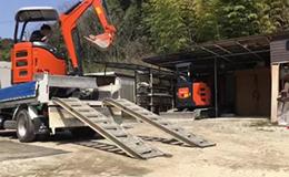 日立 zaxis20u挖掘机视频